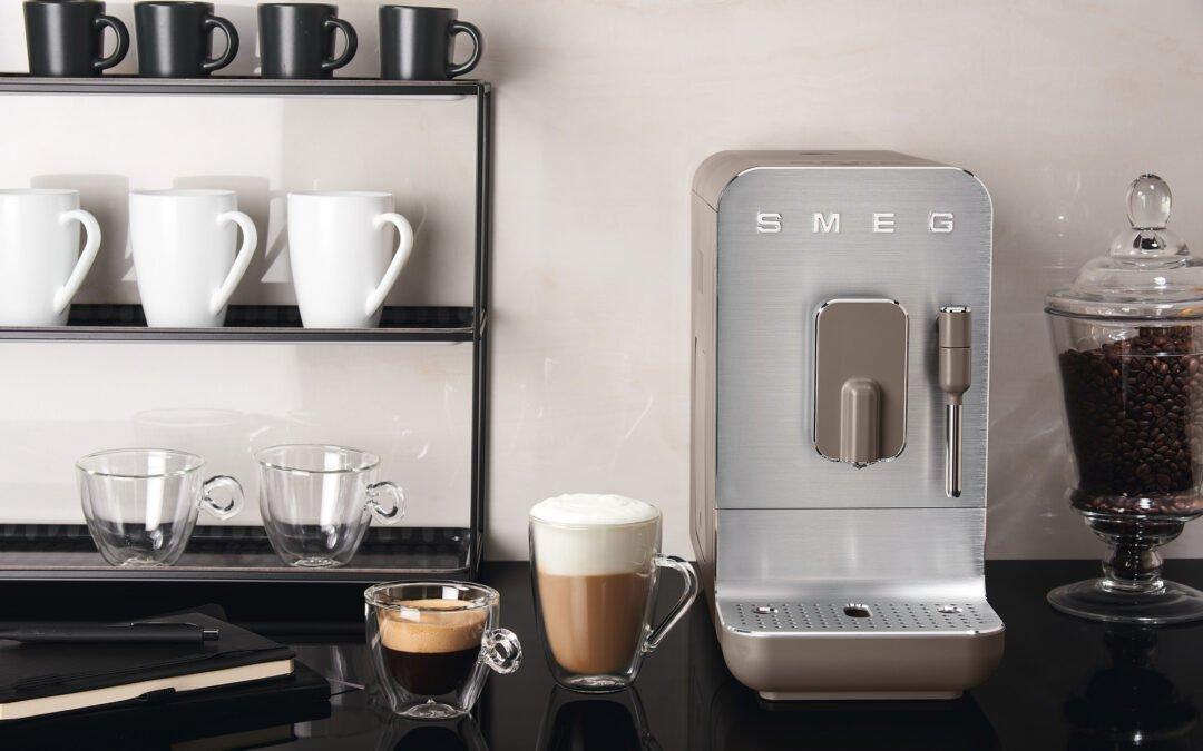 Avtomatski espresso avtomat Smeg